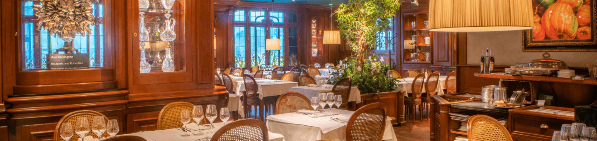 La salle à manger Ann Carrington des Grands Buffets