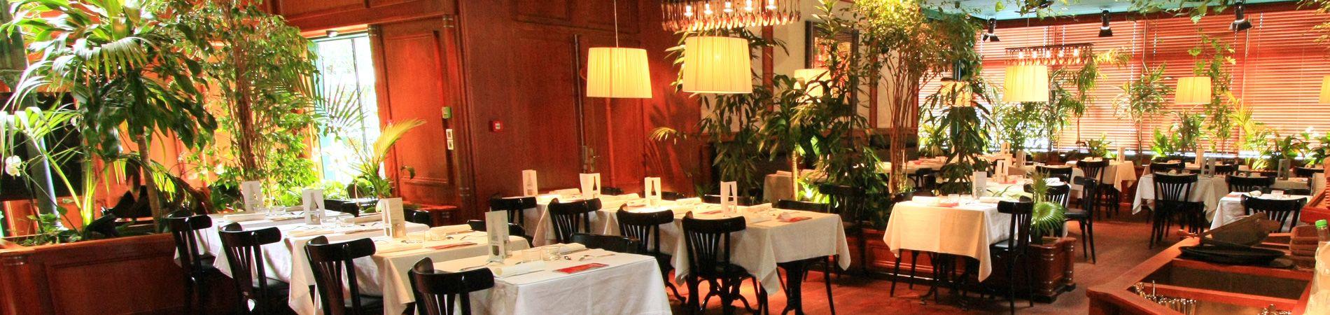 la salle restaurant des Grands Buffets