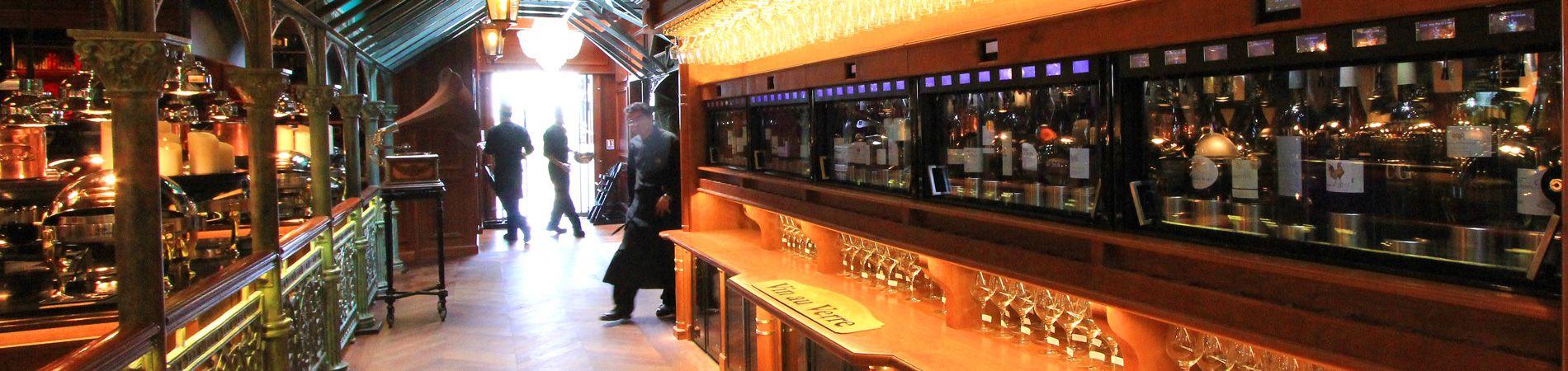 Au verre ou à la bouteille, découvrez les grands vins du pays Narbonnais aux grands buffets
