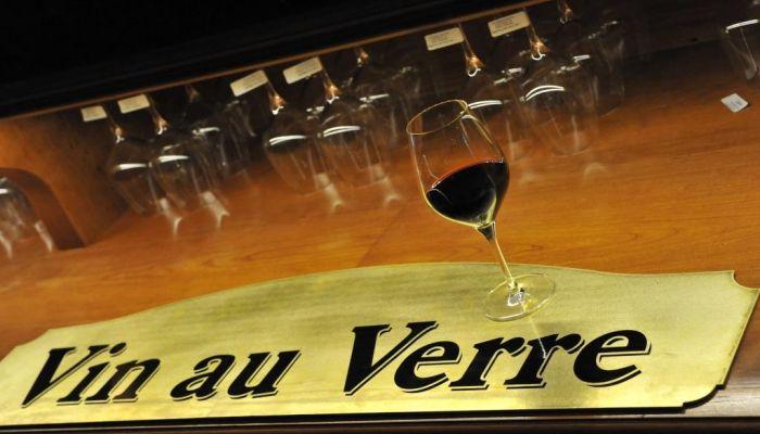 Vin Au Verre Aux Grands Buffets