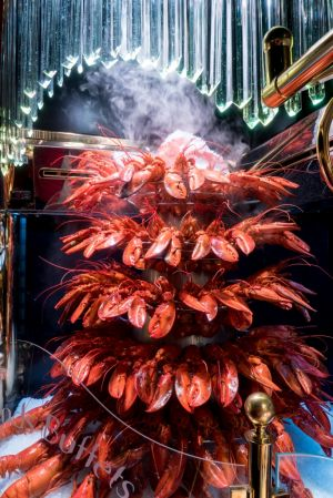 La Cascade de Homards des Grands Buffets sur France 2