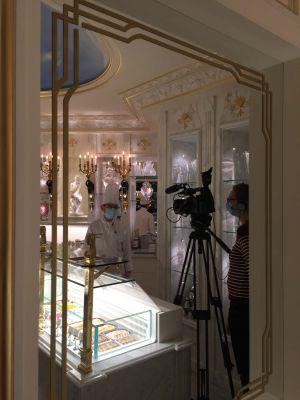 Tournage BFM TV aux Grands Buffets de Narbonne